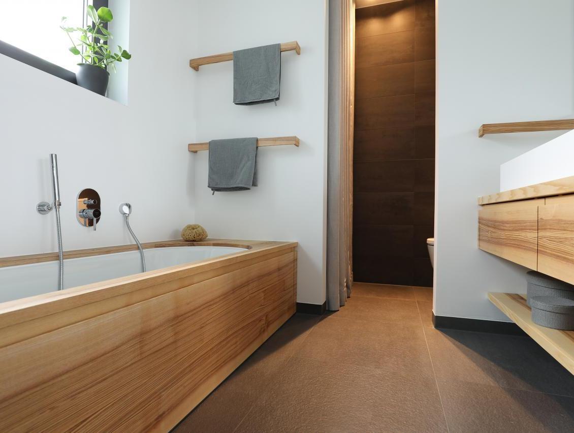 Nischen für Dusche und WC